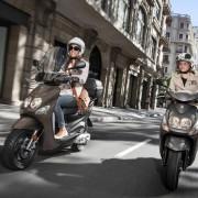 2014-Yamaha-Neos-EU-Mocaccino-Brown-Action-001